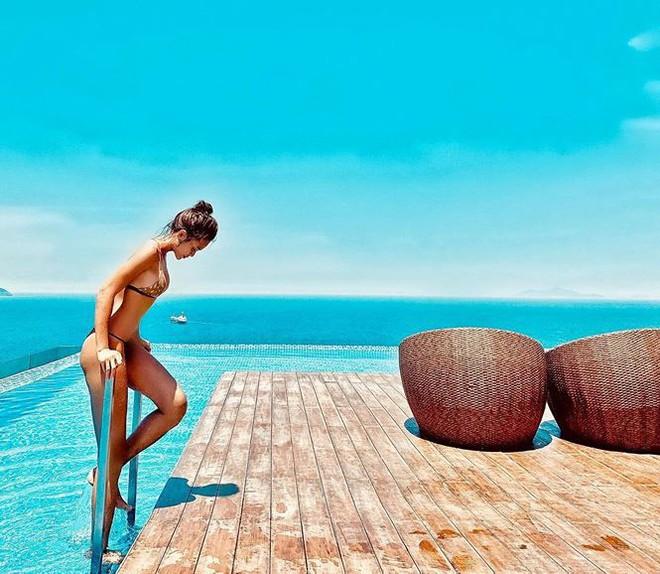 Mâu Thuỷ, Bảo Anh và nhiều mỹ nhân Việt khoe dáng nuột nà với bikini - Ảnh 9.