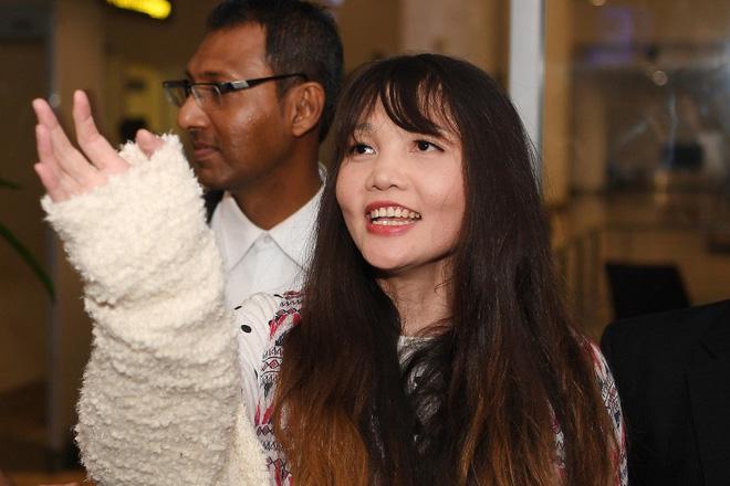 Đoàn Thị Hương trở về Việt Nam sau 2 năm bị bắt ở Malaysia - Ảnh 3.