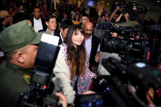 Đoàn Thị Hương trở về Việt Nam sau 2 năm bị bắt ở Malaysia - Ảnh 5.