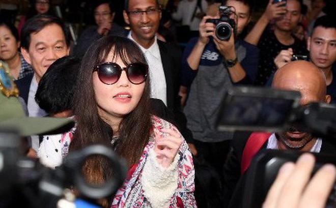 Đoàn Thị Hương trở về Việt Nam sau 2 năm bị bắt ở Malaysia