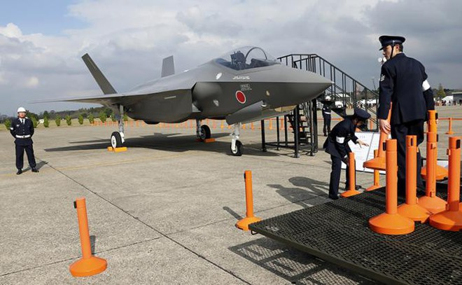 Thuyết âm mưu: F-35 Nhật Bản đã lao xuống đáy biển rất sâu để Nga không thể tiếp cận? - Ảnh 1.