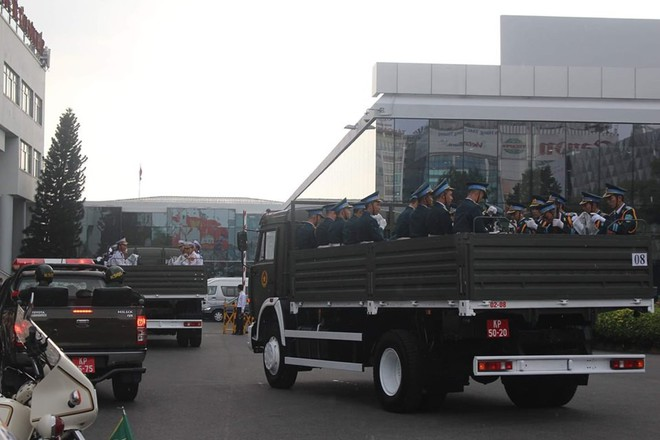 Lễ an táng cố Chủ tịch nước Lê Đức Anh ở TP Hồ Chí Minh - Ảnh 40.