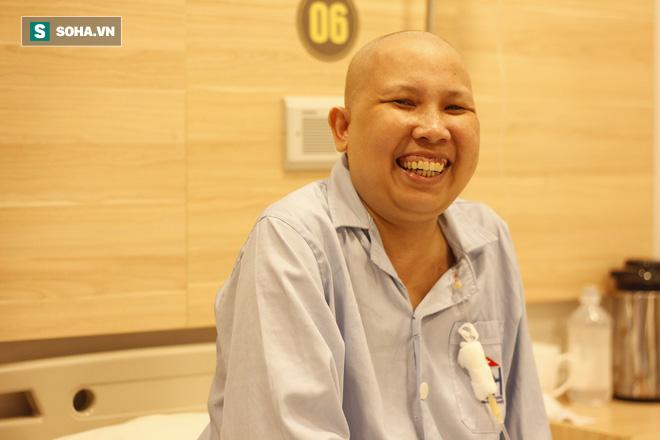 Sự thật từ bệnh nhân 7 năm điều trị ung thư: Rất nhiều người bệnh ung thư tự giết nhau - Ảnh 2.