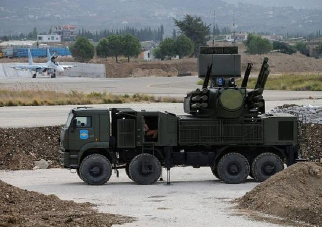 Đánh rắn chưa dập đầu: Những cú đớp chết người vào Khmeimim, Syria - PK Nga khổ! - Ảnh 2.