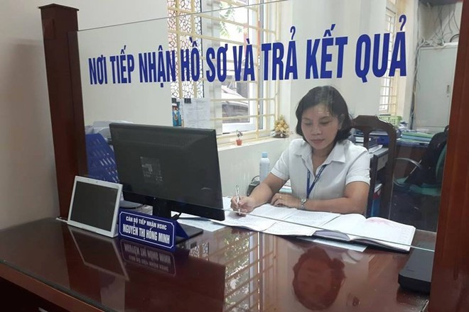 Công chức không mặn mà với đề xuất giờ làm việc bắt đầu từ 8h30 - Ảnh 1.