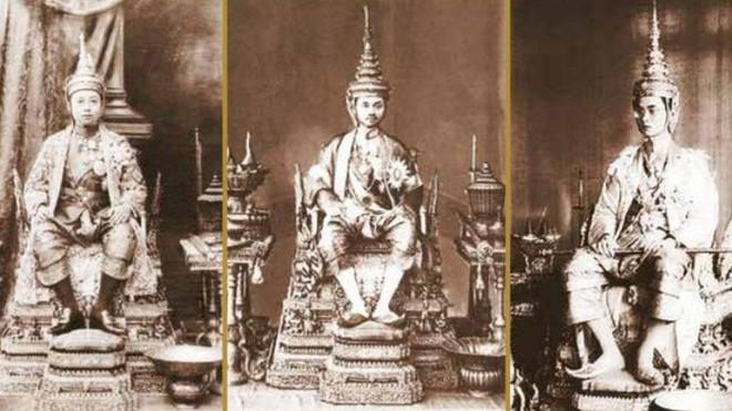 Lễ đăng cơ của Quốc vương Thái Lan: Tắm nước thiêng, đội trên đầu hơn 7kg vàng và những điều độc đáo khác - Ảnh 6.