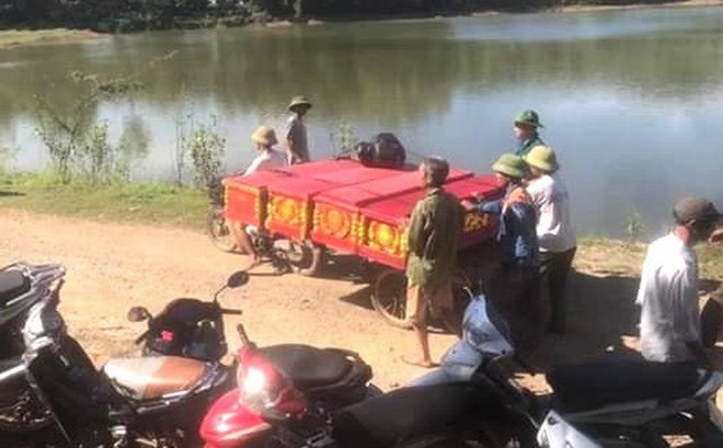 Vụ 5 học sinh đuối nước khi cứu nhau: Nỗi đau xé lòng người ở lại