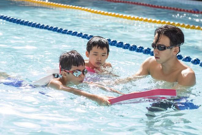 MC Quang Bảo bơi 100km để gây quỹ từ thiện - Ảnh 10.