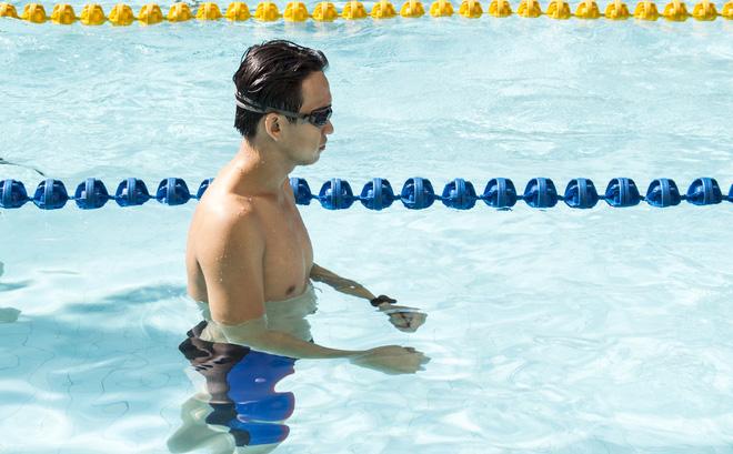 MC Quang Bảo bơi 100km để gây quỹ từ thiện - Ảnh 4.