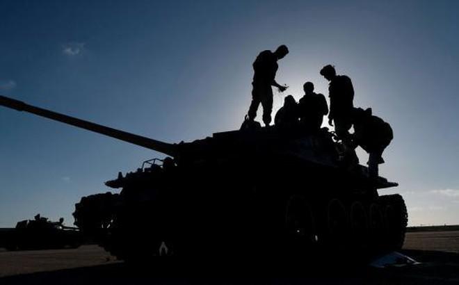 """Chiến sự Libya: Cuộc phiêu lưu của tướng Haftar rồi sẽ đi đến """"chiến thắng"""" hay """"sa lầy""""?"""