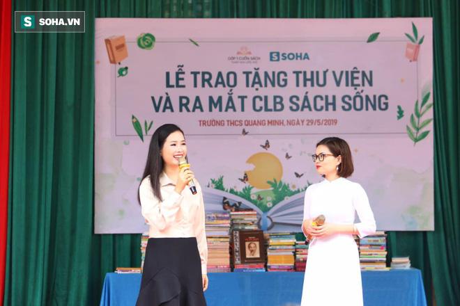 Sao Mai Trần Hồng Nhung lần đầu tiết lộ chuyện tuyệt thực vì bị bố đốt truyện tranh - Ảnh 2.
