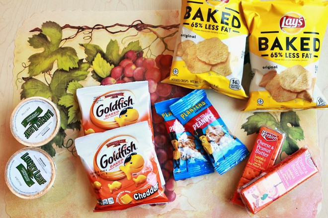 Vừa tiện lợi vừa rẻ, nhưng đây là kẻ thù gây tăng cân: Nhiều người vẫn ăn thường xuyên - Ảnh 1.