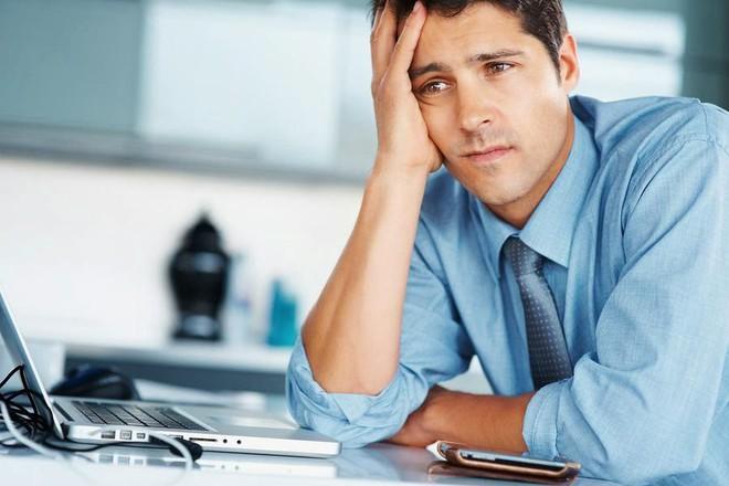 9 dấu hiệu cảnh báo bạn có thể bị suy tim tăng nặng: Có 1 điểm trùng là nên đi khám - Ảnh 2.