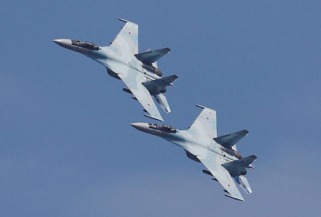 F-22 Mỹ khó giành chiến thắng trong cuộc không chiến với Su-35 Nga ở Syria - Ảnh 2.