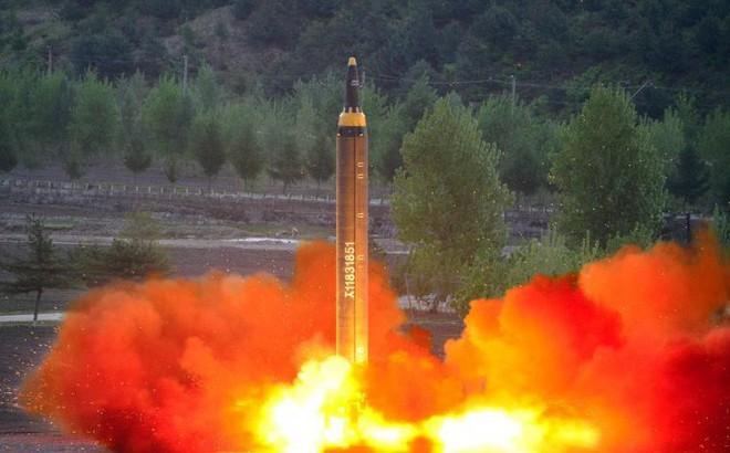 Triều Tiên gửi thông điệp gì khi tái thử nghiệm tên lửa sau 1 năm 6 tháng?