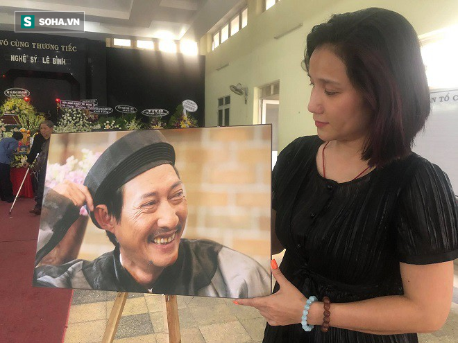 Gia đình nghệ sĩ Lê Bình làm 1 điều bất ngờ trong đêm cuối cùng khiến ai cũng xúc động - Ảnh 4.