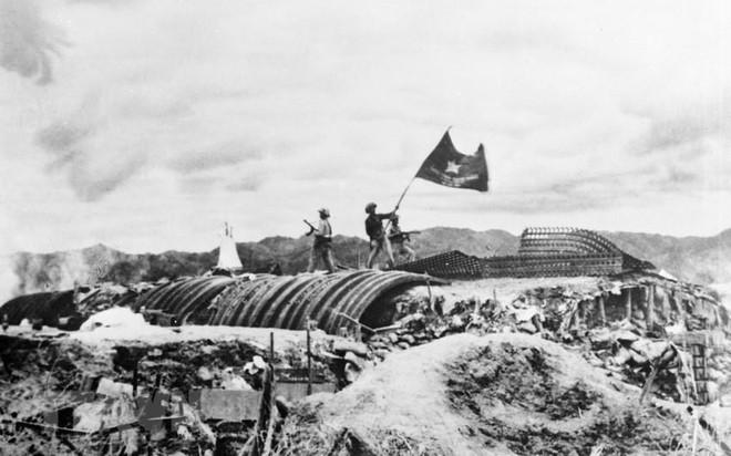 [Photo] Quân đội Việt Nam trong sự nghiệp giải phóng dân tộc - Ảnh 2.
