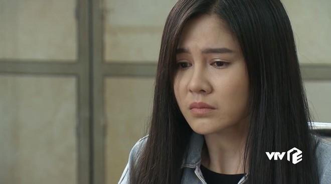 Nữ BTV từng theo sát HLV Park Hang Seo bị bắt cóc trong Mê cung - Ảnh 1.