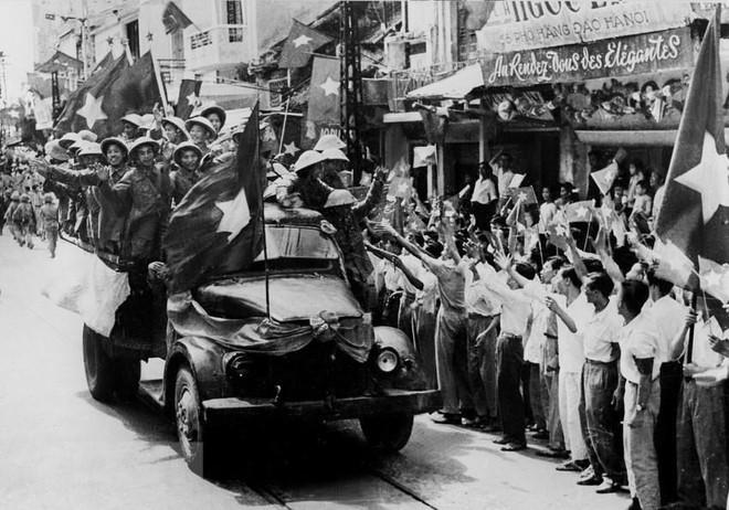 [Photo] Quân đội Việt Nam trong sự nghiệp giải phóng dân tộc - Ảnh 3.