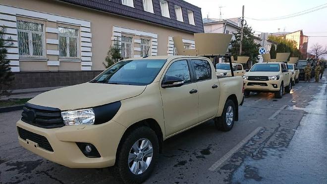 Bất ngờ lớn khi đặc nhiệm Nga cũng tin dùng chiến xa bán tải Toyota Hilux - Ảnh 2.