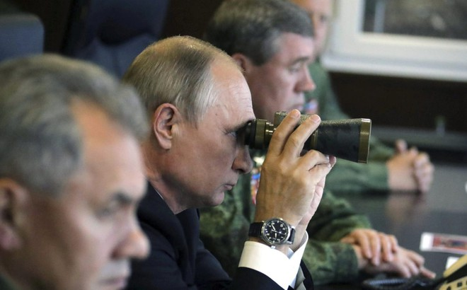 """Venezuela thành """"đòn bẩy béo bở"""": Mỹ trả giá đúng, TT Putin sẽ ngưng ủng hộ ông Maduro?"""