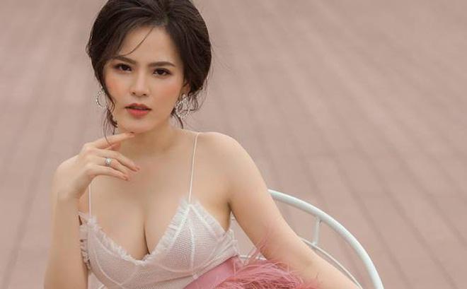 """Hot girl mì gõ Phi Huyền Trang: """"Tôi kiếm ra tiền nên chưa bao giờ nghĩ đến chuyện đánh đổi"""""""
