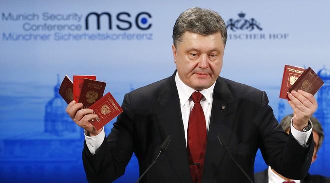 Tranh cãi về chuyện hộ chiếu, tân TT Ukraine tuyên bố sẽ ra đòn đáp trả sáng tạo: Ông Putin, hãy đợi đấy! - Ảnh 3.
