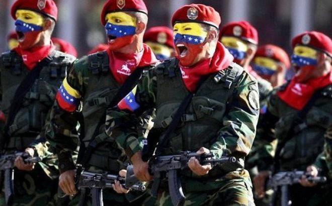 """Đạo quân """"nguy hiểm nhất Nam Mỹ"""" ở Venezuela luyện bắn tên lửa Nga: Mỹ đừng có manh động!"""