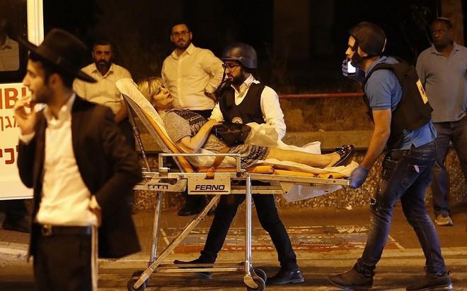 Israel bị tấn công lớn chưa từng có kể từ 2014 - Mỹ điều tàu sân bay tới ứng cứu? - Ảnh 3.