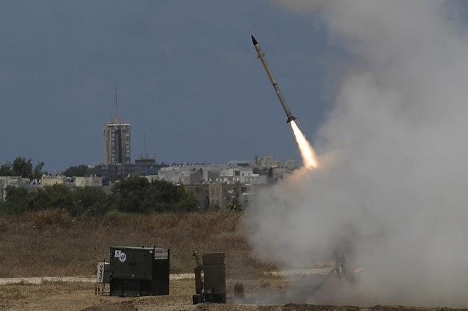 Thảm họa kinh hoàng với Israel: Hệ thống Iron Dome có thể hết đạn - Chỉ biết khóc! - Ảnh 2.
