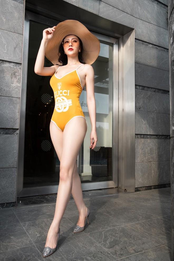 Phương Oanh Quỳnh Búp Bê diện áo tắm nóng bỏng - Ảnh 4.