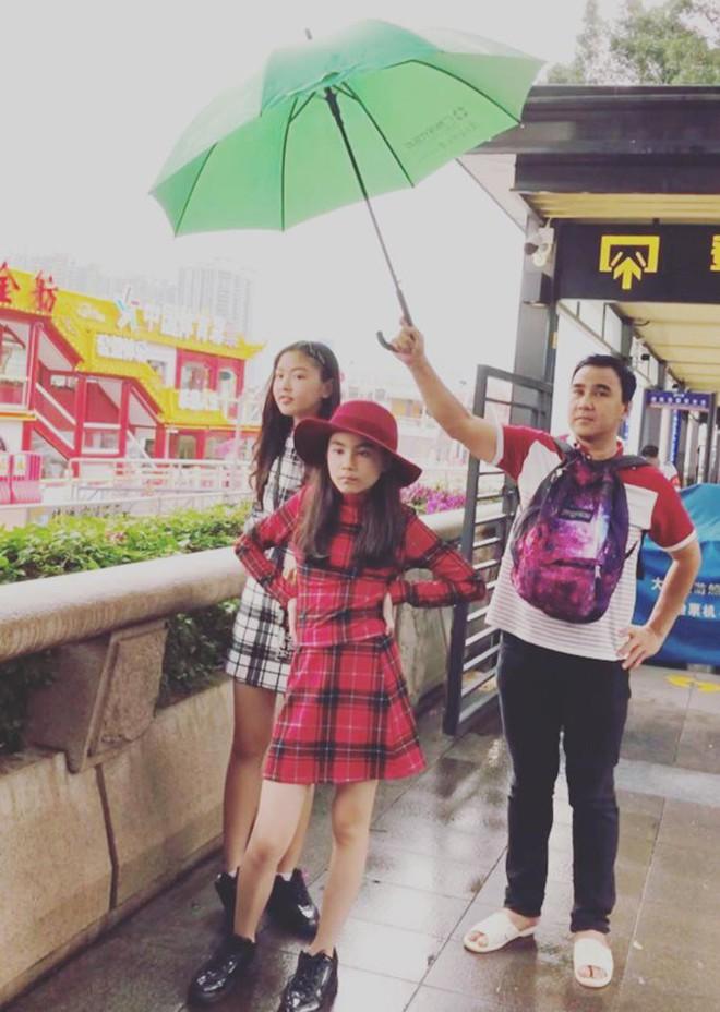 Bà xã Quyền Linh chia sẻ ảnh đi du lịch của gia đình, dân tình phát hiện ra tận 2 điều thú vị - Ảnh 3.