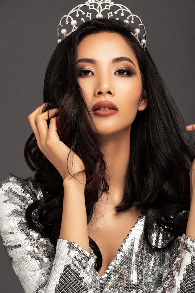Chính thức: Hoàng Thùy đại diện Việt Nam chinh chiến Miss Universe 2019 - Ảnh 3.