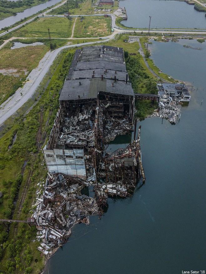 Một phần thành phố của Nga bị lòng đất nuốt chửng, đã tìm ra nguyên nhân? - Ảnh 3.