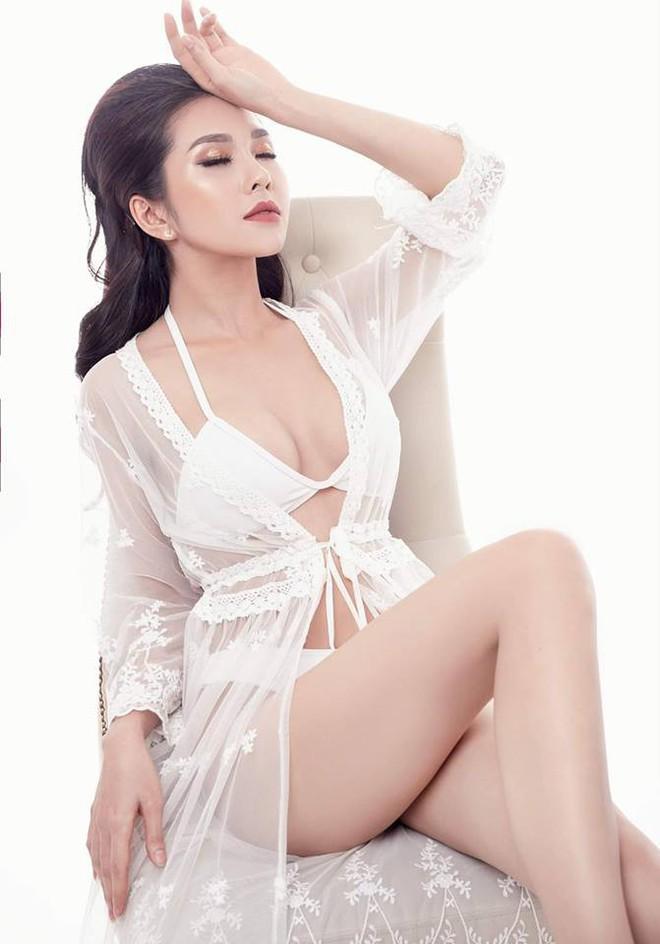 Ngoài Phi Huyền Trang, nhóm Mì gõ còn một hot girl vô cùng nóng bỏng - Ảnh 3.