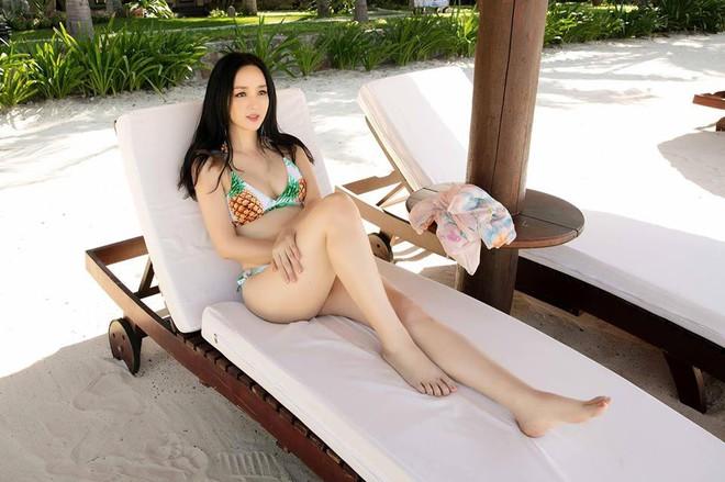 Nhan sắc nóng bỏng, bất chấp tuổi tác của Hoa hậu Giáng My - Ảnh 1.
