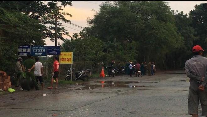 Rủ nhau tắm sông Đồng Nai đoạn nước xiết, hai học sinh chết đuối  - Ảnh 1.