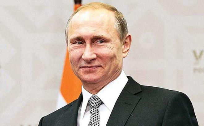 """Lạm dụng cấm vận quá đà: Đòn của Mỹ vừa phản tác dụng, vừa vô tình tặng """"quà"""" cho Nga"""