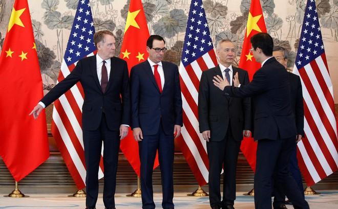 Cuộc chiến thương mại đang rất nóng, TQ tự tin tuyên bố: Đã sẵn sàng đối sách đáp trả Mỹ