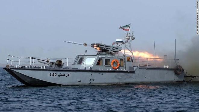 Hải quân Iran từng thất bại nặng nề khi đối đầu Mỹ ngay trên Vịnh Ba Tư - Ảnh 2.