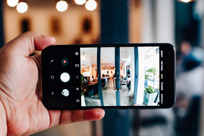 Thị trường điện thoại lại hấp dẫn: Chỉ 3,5 triệu có cả camera kép, màn hình lớn vô cực, thương hiệu ngon - Ảnh 2.