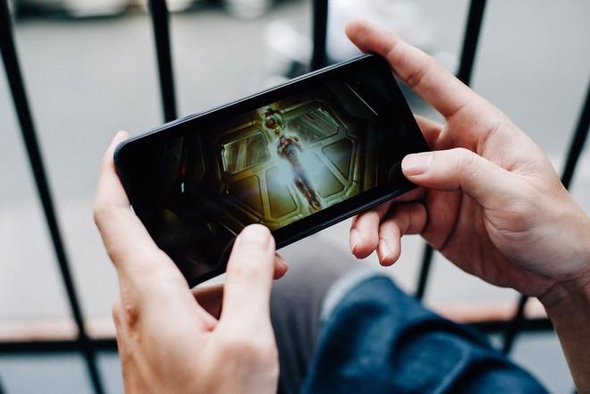 Thị trường điện thoại lại hấp dẫn: Chỉ 3,5 triệu có cả camera kép, màn hình lớn vô cực, thương hiệu ngon - Ảnh 6.