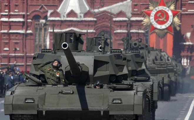 """Nhìn lại lịch sử """"Ngày Chiến Thắng"""": Nga khẳng định vị trí xuất khẩu vũ khí thay Liên Xô"""