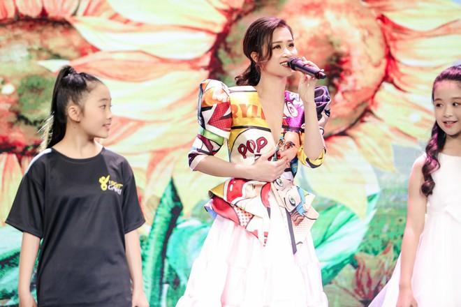 Trương Ngọc Ánh, Đông Nhi, Hoàng Yến Chibi cổ vũ tinh thần cho trẻ em bị ung thư - Ảnh 9.