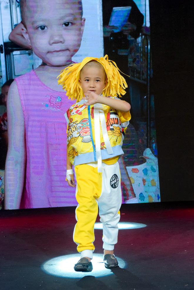 Trương Ngọc Ánh, Đông Nhi, Hoàng Yến Chibi cổ vũ tinh thần cho trẻ em bị ung thư - Ảnh 2.