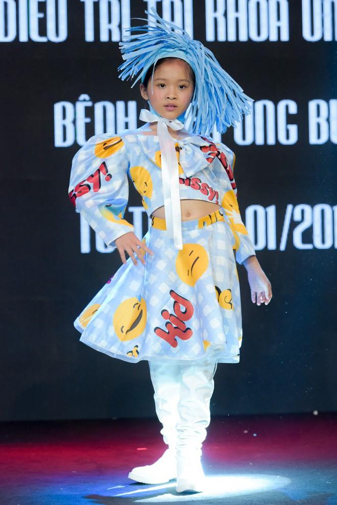 Trương Ngọc Ánh, Đông Nhi, Hoàng Yến Chibi cổ vũ tinh thần cho trẻ em bị ung thư - Ảnh 5.