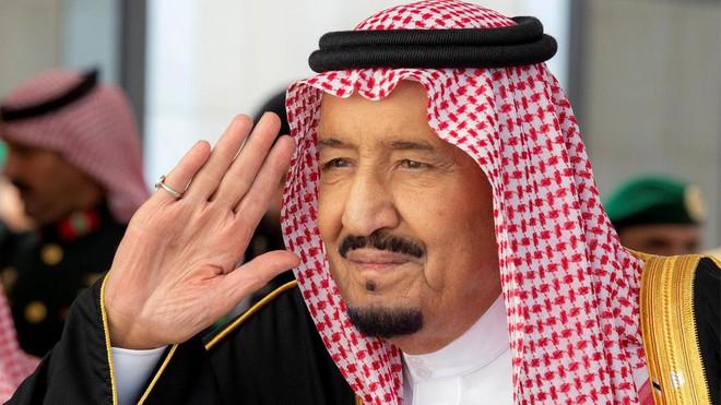 Sự kiện hiếm có giữa khu vực nóng bỏng: Quốc vương Ả rập Saudi hối hả tổ chức 3 hội nghị trong 2 ngày tại 1 địa điểm - Ảnh 1.