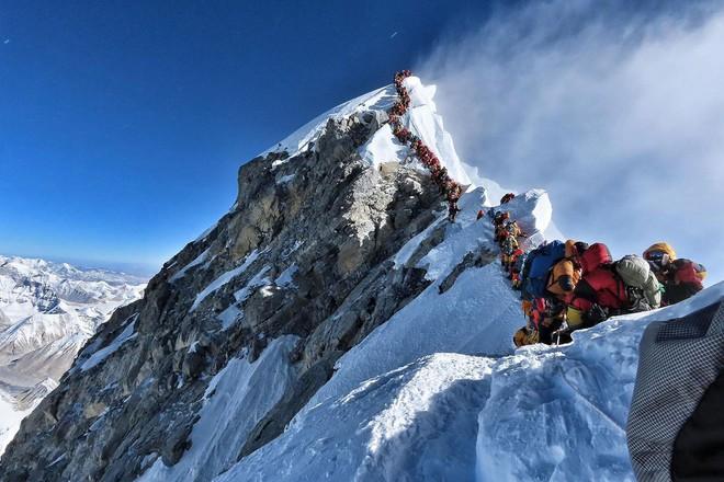 10 sự thực nhiều người chưa biết về hành trình chinh phục Everest: Siêu tốn kém, chuẩn bị không kỹ thì chỉ bỏ mạng - Ảnh 5.