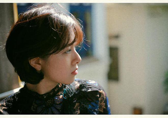 Nhan sắc nữ thiếu úy công an bị Việt Sói bắt cóc, đánh bầm dập trong phim Mê cung - Ảnh 12.