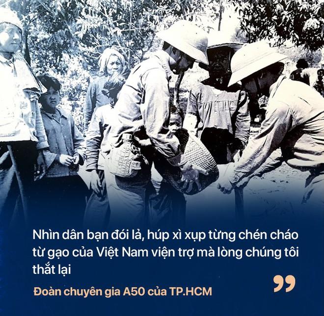 Chiến tranh biên giới Tây Nam: Khmer Đỏ thì lùa dân vào rừng bỏ đói, bộ đội Việt Nam giải cứu dân rồi cho ăn uống - Ảnh 3.
